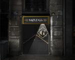 Le Saint G's bar, l'entrée de nuit