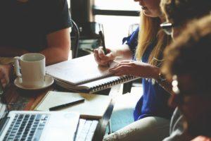 Cinq supports de communication corporate à adopter
